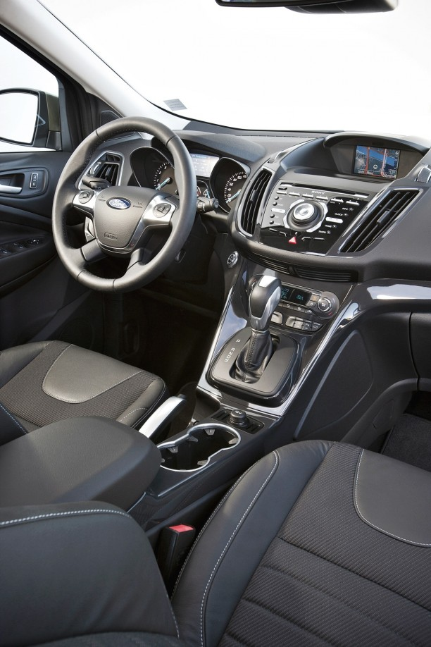 Ford Kuga 15 One ford 2013 suv