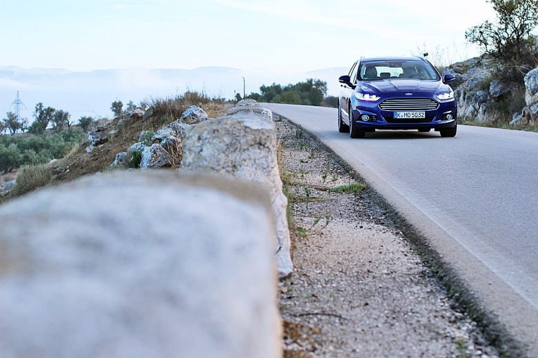 Ford Mondeo erster Test